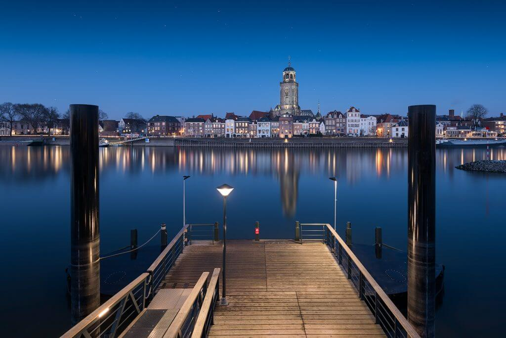 Deventer-web_blue_colorcast