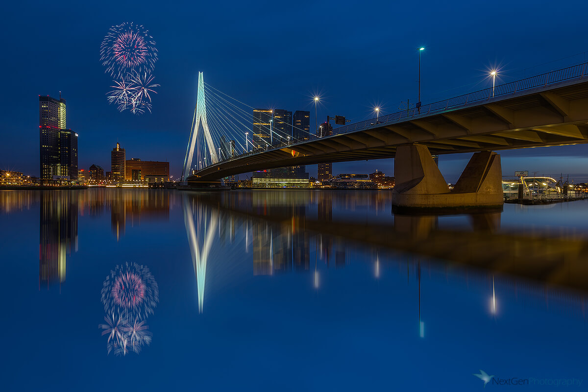 Erasmus_blue_hour_fireworks
