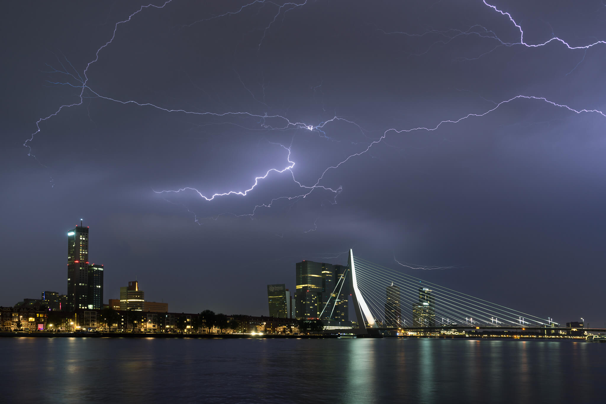 Storm_in_Rotterdam